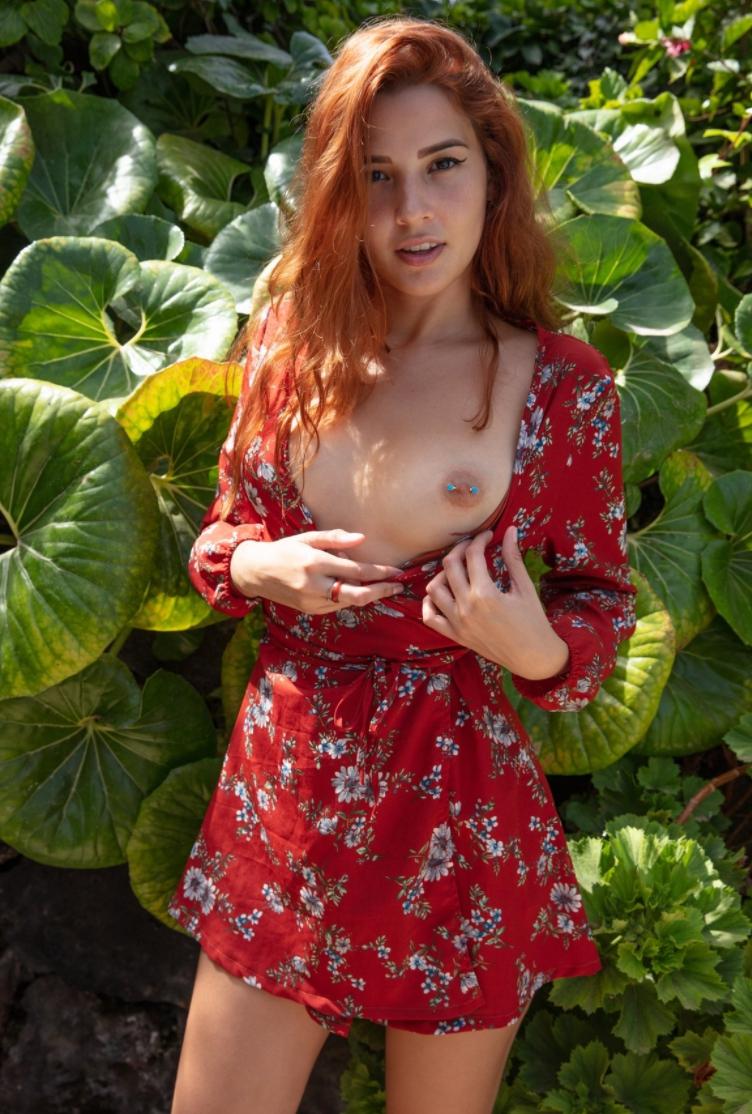 шлюха в платье